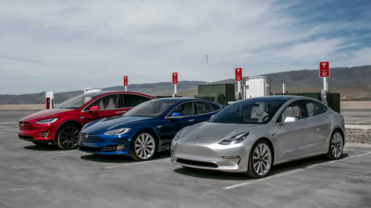 [Galeri] Gigafactory 1'de Tesla Model S, 3, X