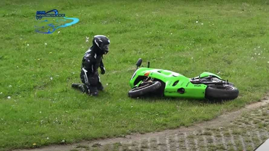 Nürburgring - Compilation 2020 des accidents de motos (et sauvetages)