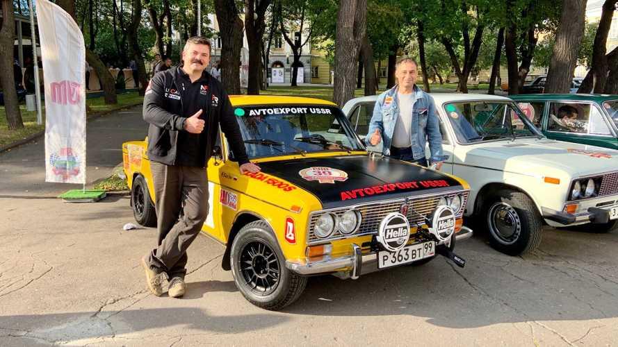 От Кремля до ГУМа: битва 100 «Жигулей» в центре Москвы