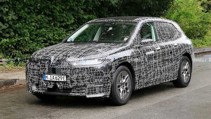 BMW'nin iNEXT adlı elektrikli SUV'sini tanıtacağı tarih belli oldu!