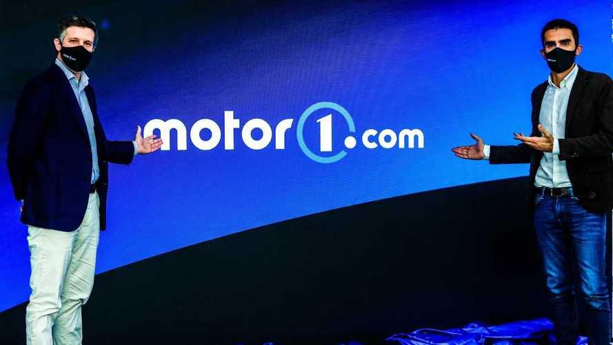 Pininfarina ha disegnato il nuovo logo di Motor1.com: eccolo