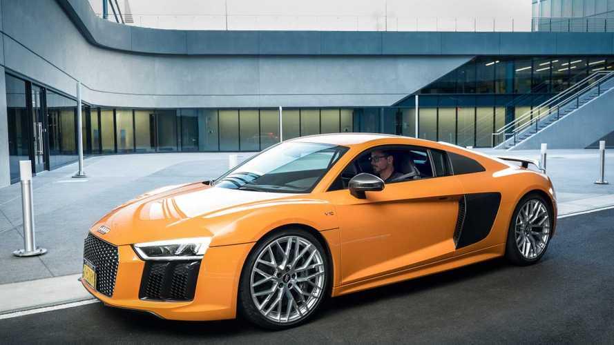 Így került Tony Stark egy Audi R8-as volánja mögé