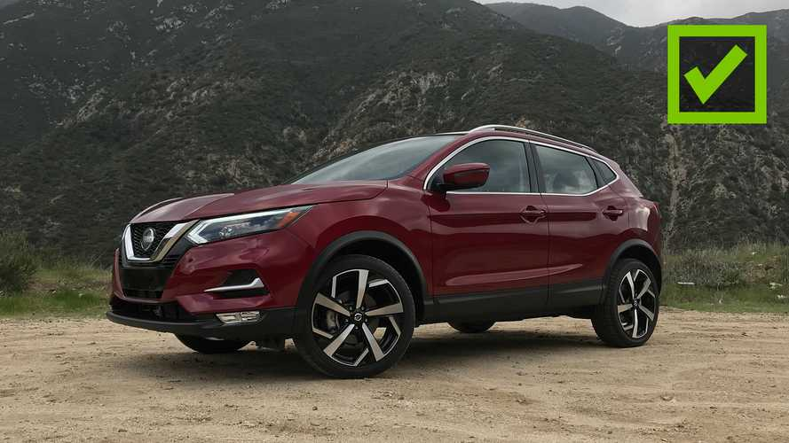 2020 Nissan Rogue Sport: Pros and Cons