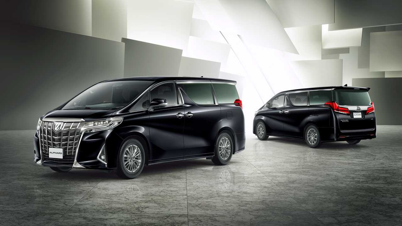 toyota_alphard_exclusive_lounge