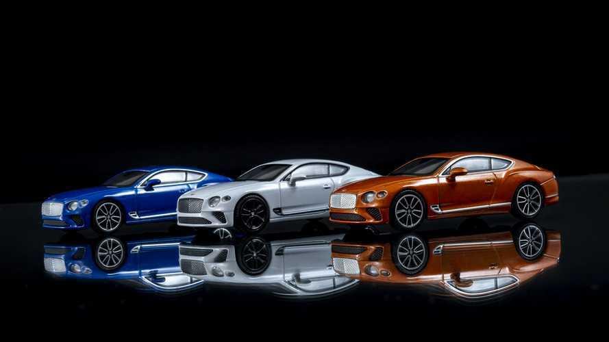 Bentley, Continental GT'nin ölçekli modellerini tanıttı