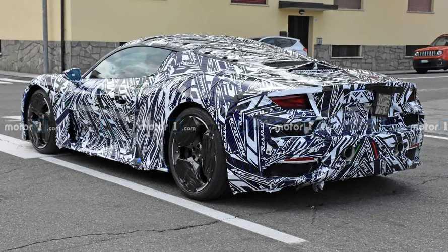 Новые шпионские фото Maserati MC20