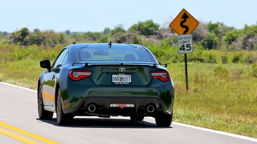 Driving The Toyota 86 Hakone Edition On Florida's Only Good Road