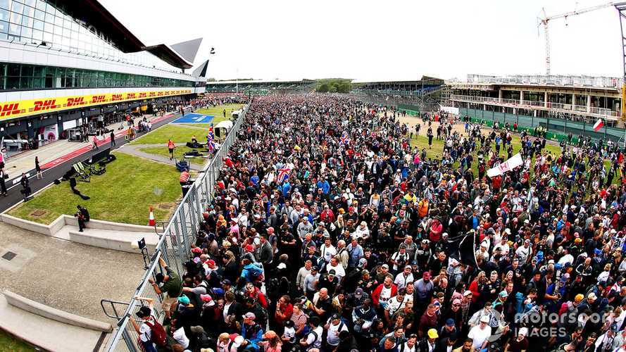 Police warns fans to stay away from Silverstone