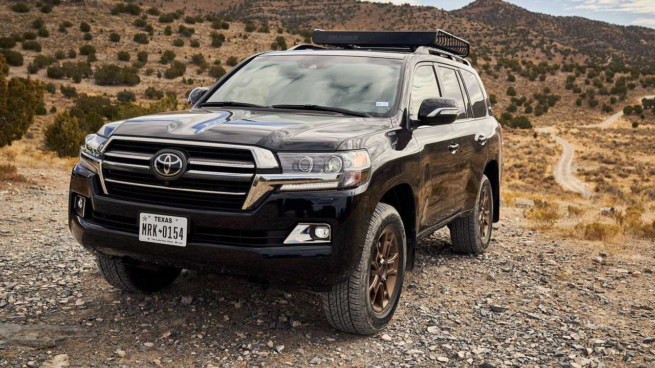 2021 Toyota Land Cruiser Front