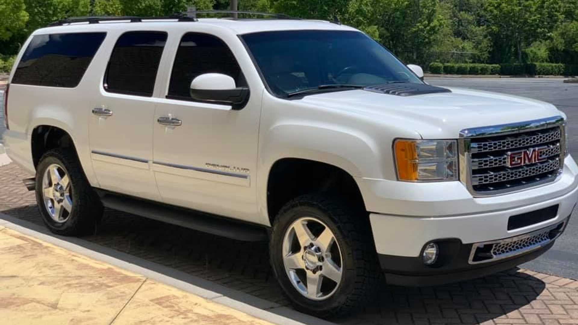 Shop Builds Chevrolet Suburban Suvs With Diesel V8 For Serious Towing