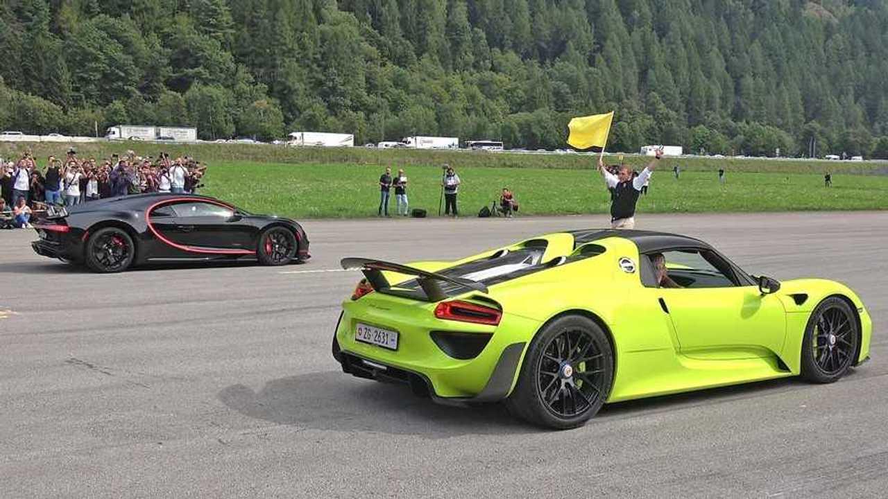 Bugatti Chiron vs. Porsche 918 Spyder