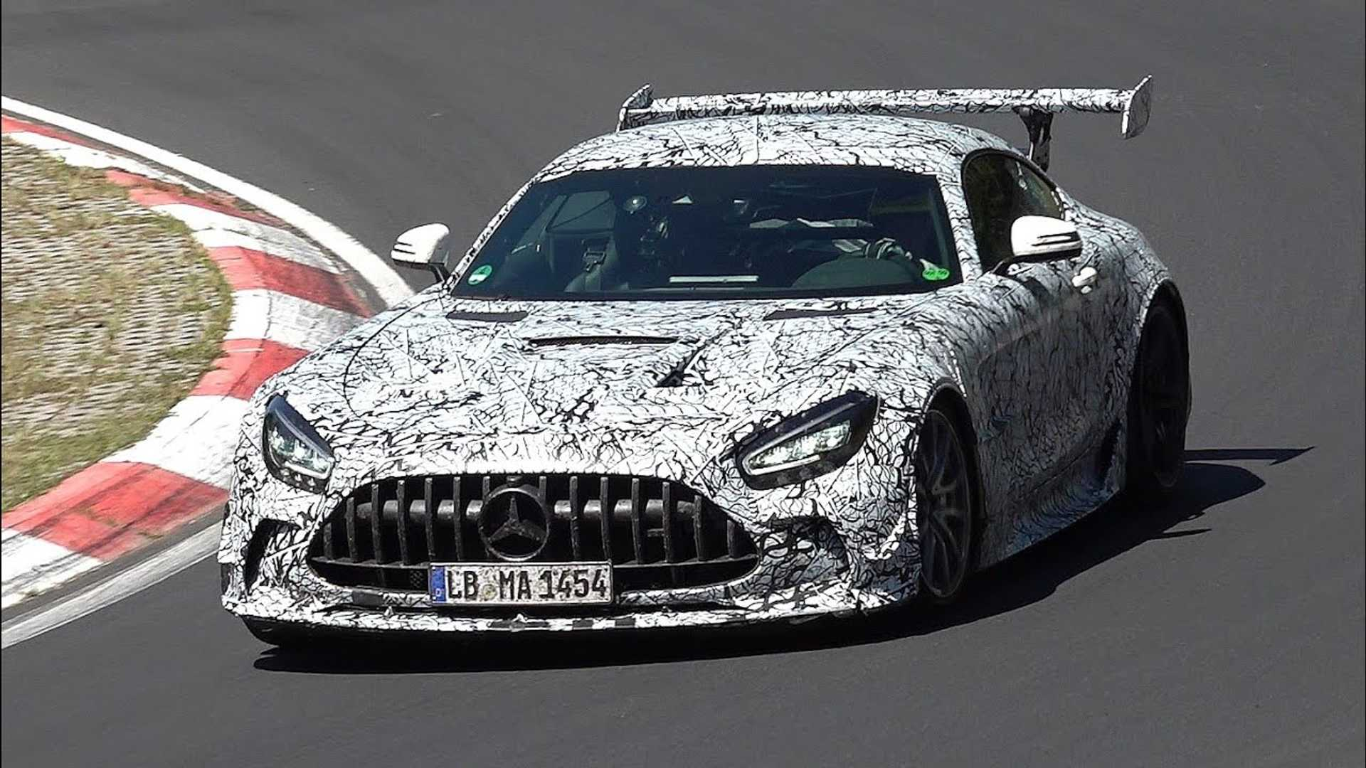 Mercedes-AMG GT-R Black Series brings its crazy aero to the 'Ring
