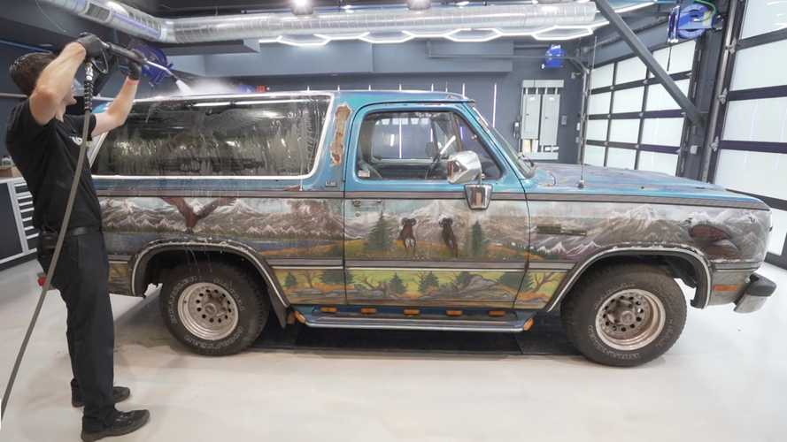 Filthy Dodge Ramcharger With Full Mural Gets First Cleaning In 9 Years