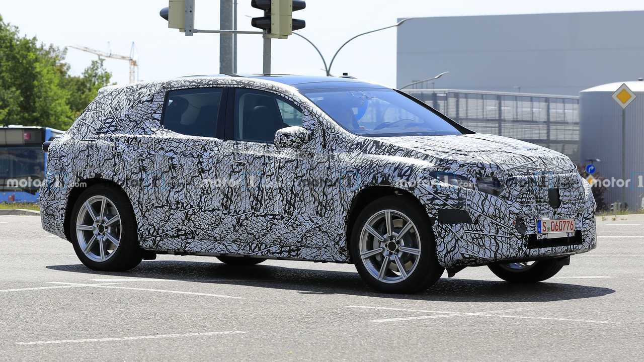 Second-gen Mercedes-Benz EQC spy photo