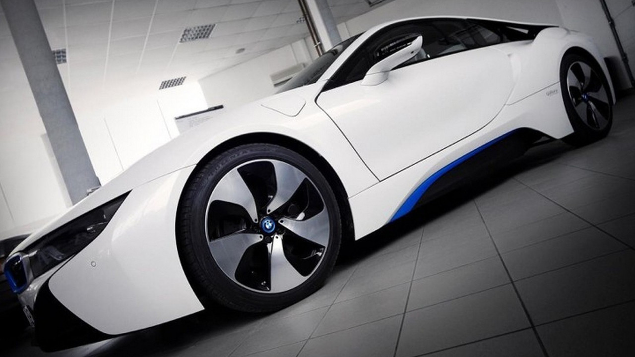 Tuner To Squeeze 800 Bhp V8 Engine Inside Bmw I8