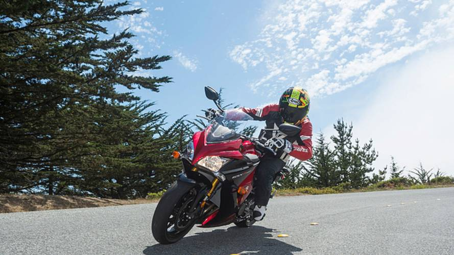 Not All GSX-S's are Created Equal: The 2016 Suzuki GSX-S1000F Fairing Variation
