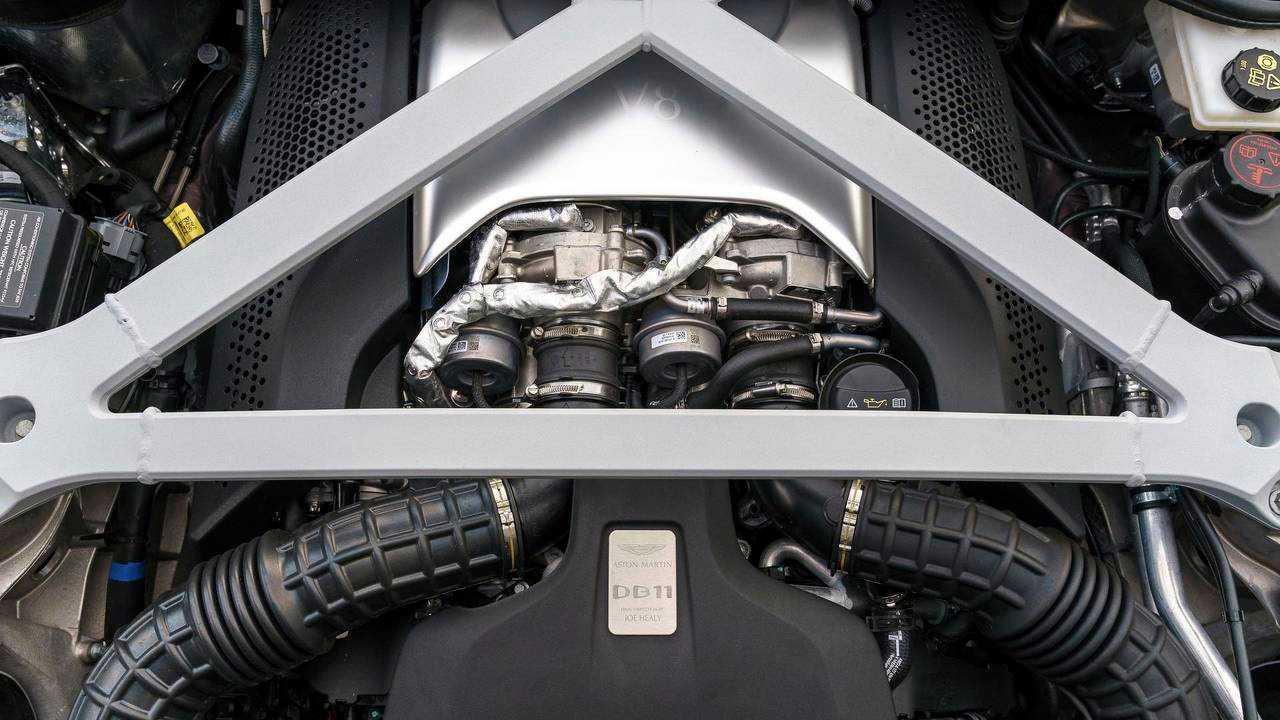 Aston Martin DB11 – Mercedes-AMG