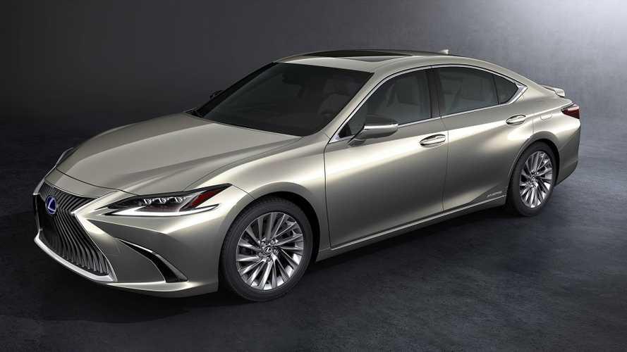 Nuova Lexus ES, europea per la prima volta