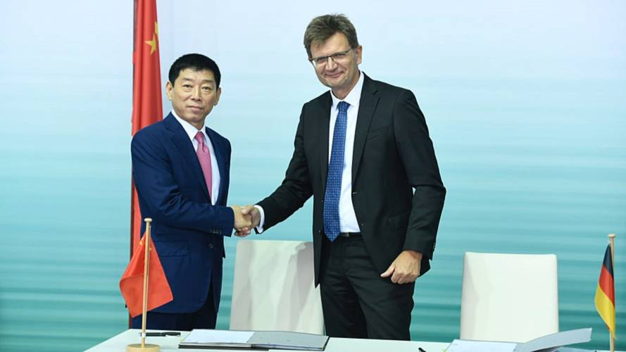 BMW signs fresh China JV