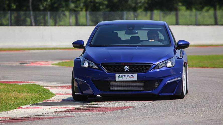 2020 után érkeznek a Peugeot elektromos sportautói