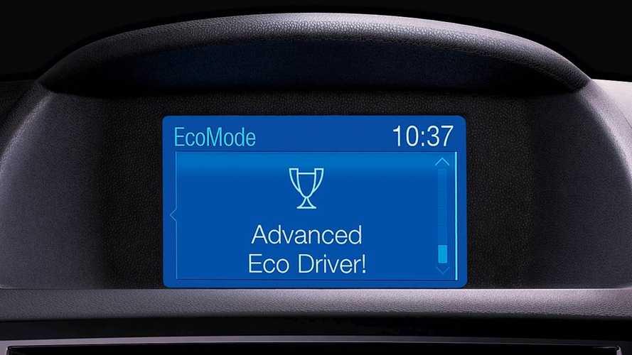 Consumi benzina e diesel, ecco 10 modi per ridurli facilmente