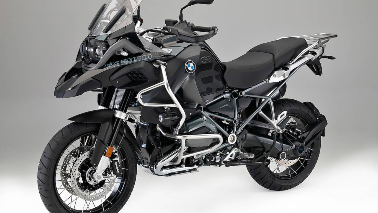 BMW Reveals Tweaks and Changes for 2017 Models