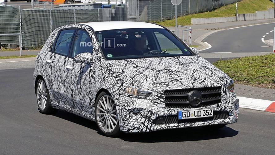 2019 Mercedes B-Class Caught Up Close With Slightly Less Camo