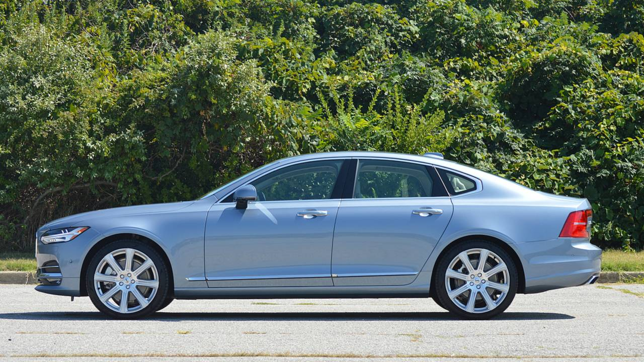 11.- Volvo S90 T8 Twin Engine