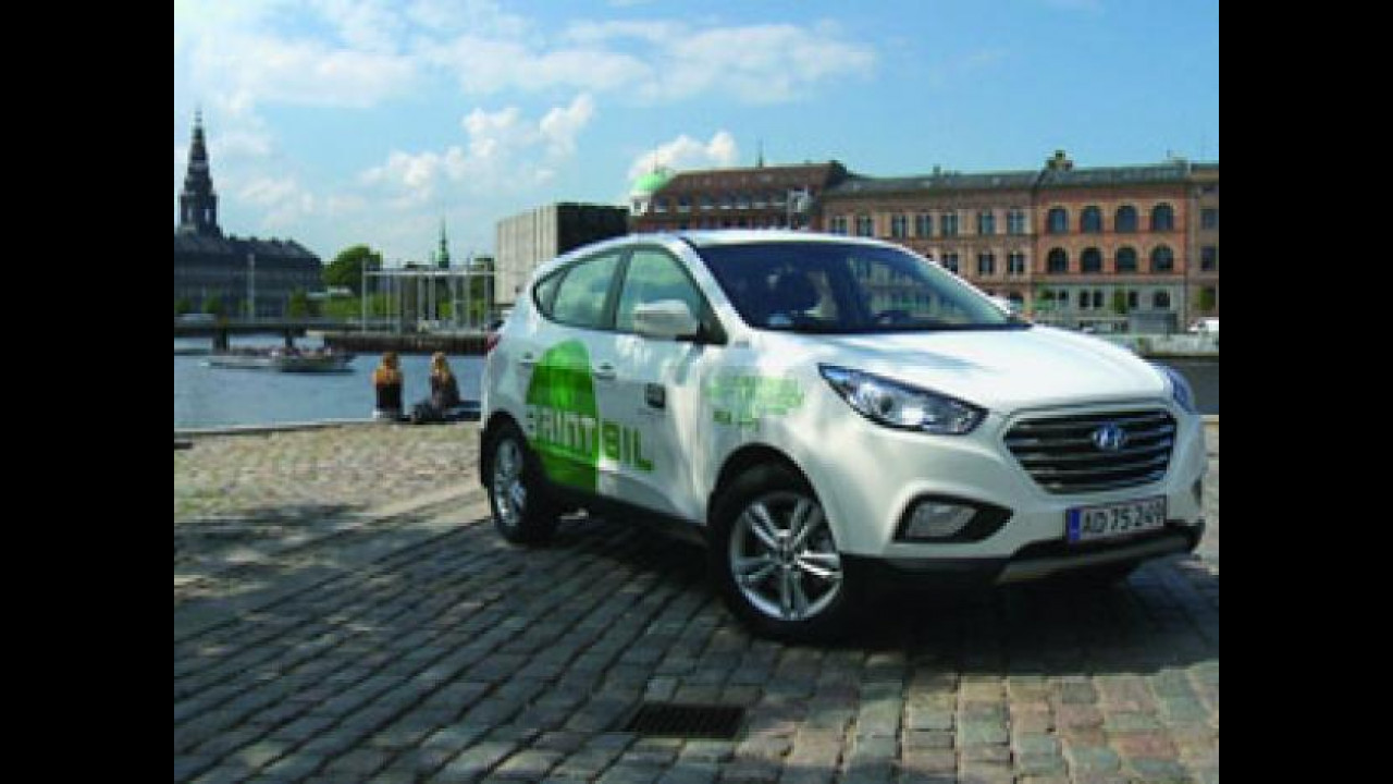 [Copertina] - Hyundai ix35 Fuel Cell Electric Vehicle sbarca a Copenaghen