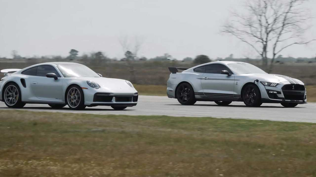 Ford Mustang Shelby GT500 vs. Porsche 911 Turbo S