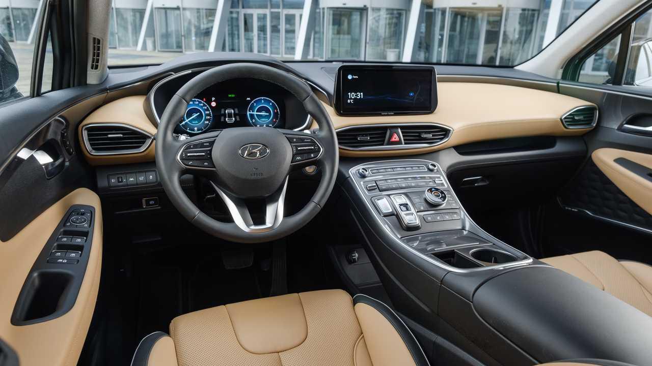 Обновленный Hyundai Santa Fe для России, передняя панель