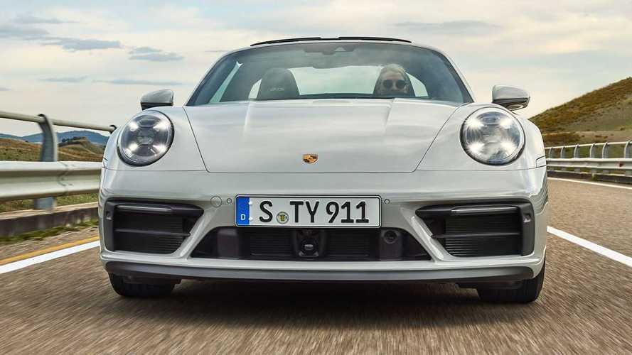 A GTS kupé, Targa és kabrió változataival bővítette a 911-es kínálatát a Porsche