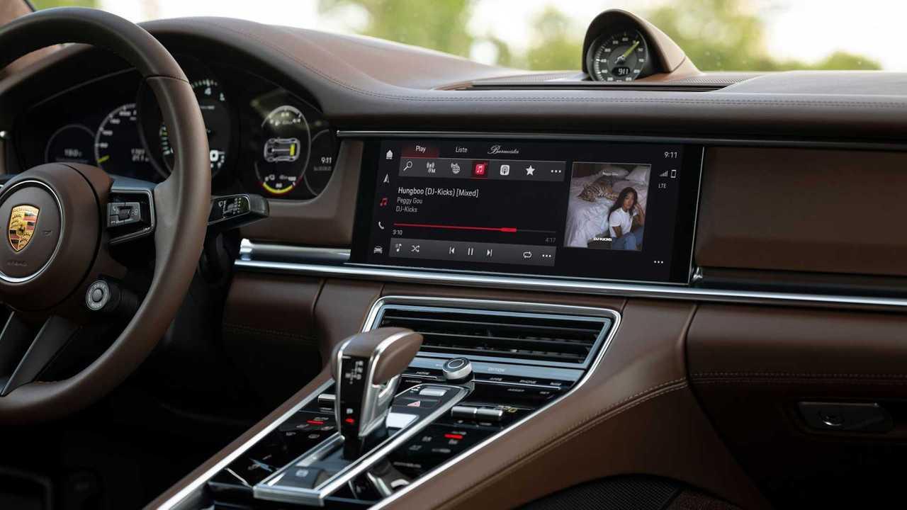 Porsche memperkenalkan Porsche Communication Management 6.0.