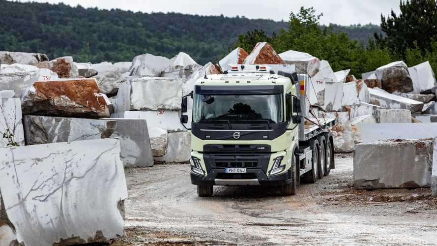 Yeni Volvo FMX zorlu görevlere hazır