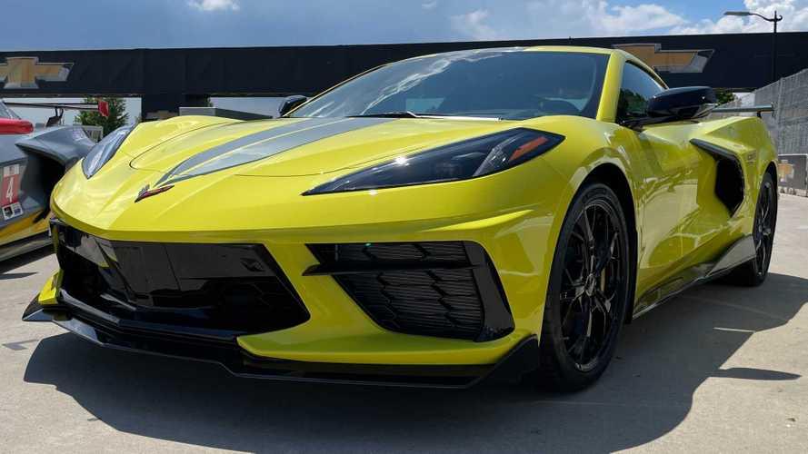 Tak Seperti Mustang, Chevy Sebut Corvette C8 Menarik Pembeli Muda