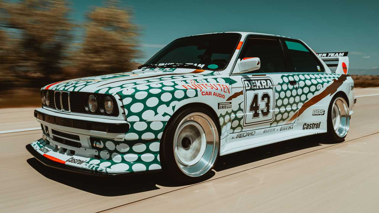 E30 BMW M3 With Tic Tac Body