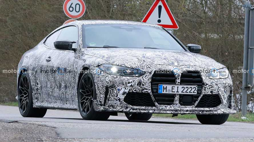 BMW M4 CSL Spied With Bigger Splitter And Larger Spoiler