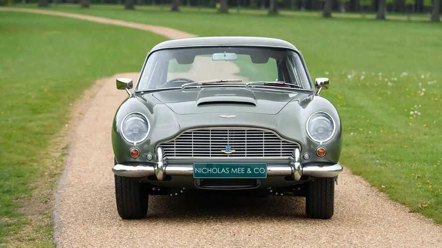 Tres Aston Martin DB5 Vantage en venta