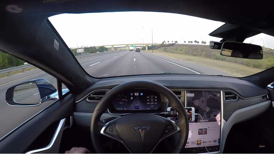 Tesla Autopilot 2.5 Activates High-Speed Automatic Emergency Braking