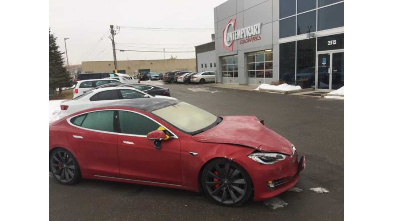 Tesla Model S Test Drive Ends With A Crash - <a href=