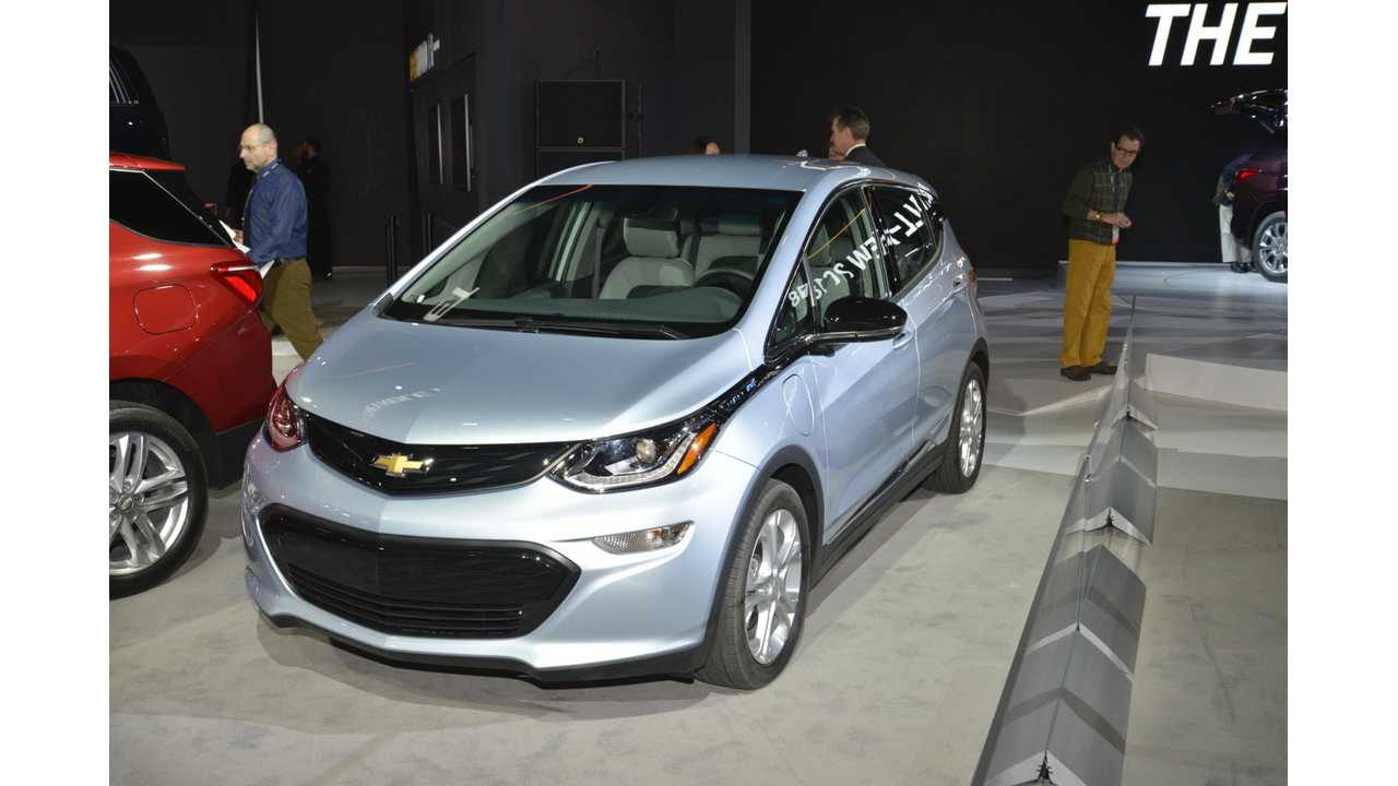 2017 Chevy Bolt Full Review Finds 170 Miles Of Range At Constant Full Throttle - video