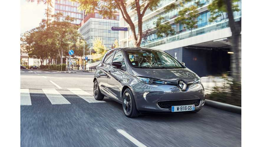 New Longer Range Renault ZOE Z.E. 40 Tested - Video