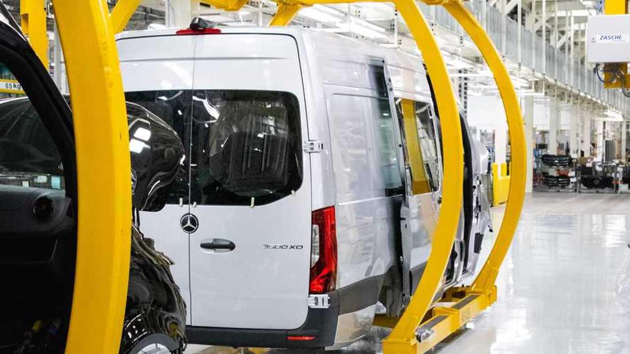 Mercedes-Benz Sprinter Manufacturing