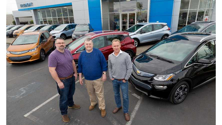 First Chevrolet Bolt EVs Delivered, Nationwide Release By Mid-2017