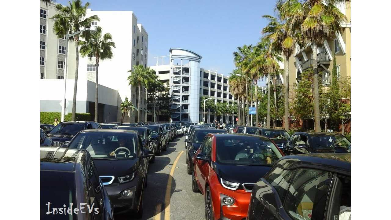 BMW i3 EVs street via warren m