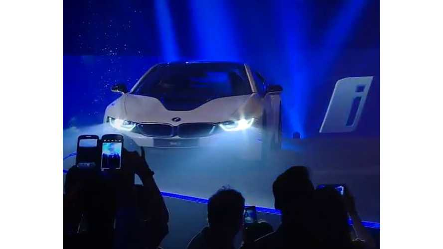 Over The Top BMW i8 Launch Event In India - Video