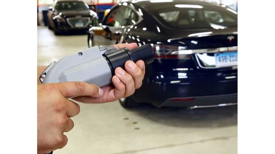 Consumer Reports Releases Videos On Tesla Model S Problems