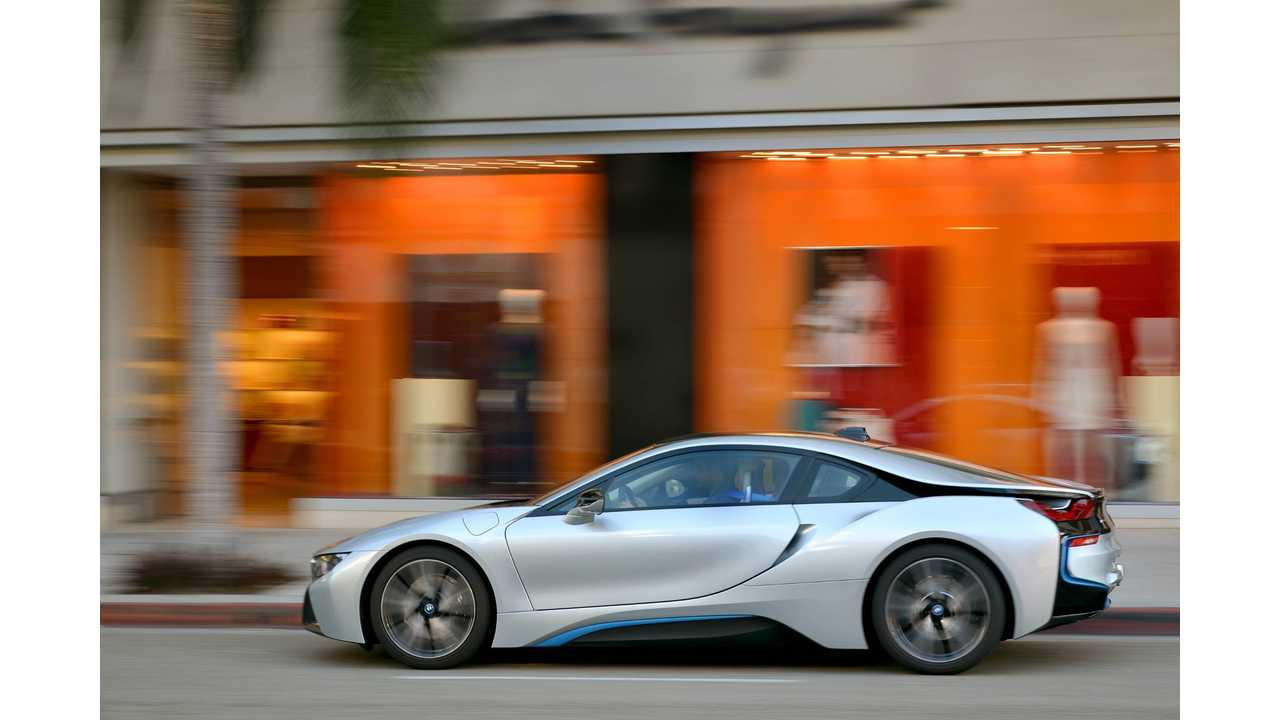 BMW i8 Makes You Feel like A Superstar - Video