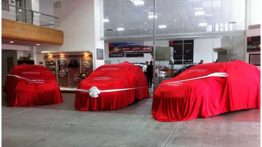 3 Nissan LEAFs Delivered To Fleet In Mexico