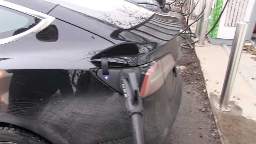 Tesla Model 3 Failed To Fast Charge At CCS Charger: Video